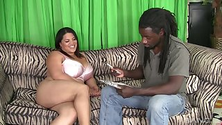 BBW Lady Spice gives her head increased wits gets her plump pussy banged wits saleable BBC